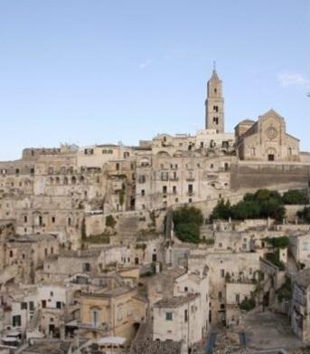 アルベロベッロ、マテーラ、オストゥーニとレッチェに泊まる旅