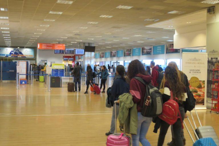 シチリア島パレルモ空港からホテルへ専用車による送迎